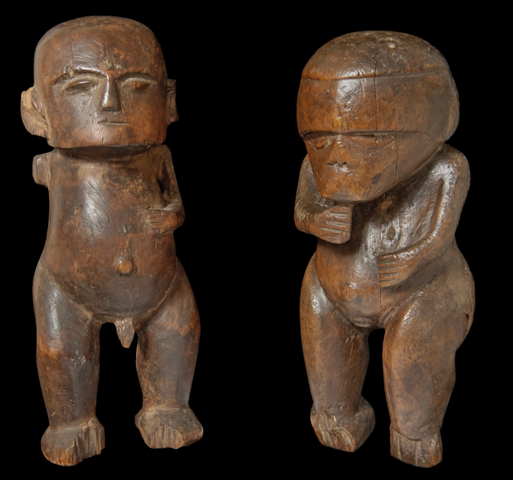 Male and female figures, ti′i, from the Society Islands (probably Tahiti). Image courtesy of the Pitt Rivers Museum (#1886.1.1423 (L) and #1886.1.1424).