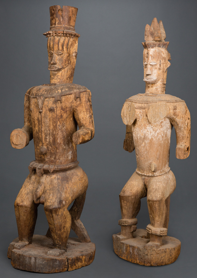 Pair of Urhobo shrine figures. Mid 19th century. Height: 143,5 cm & 138 cm. Image courtesy of the Africarium collection.