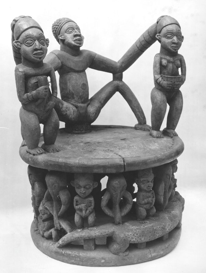 Throne of the fon of Bagam, made by foyn Phuonchu Aseh of Babanki-Tungo. Collected by F. Christol in 1925. Image courtesy of the British Museum (Af.1937-14). Height: 119 cm.