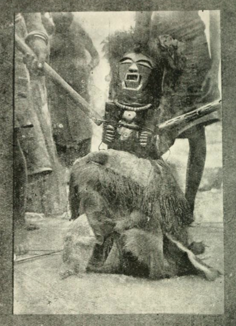 Songye figure Kabashilange Congo Burton field-photo