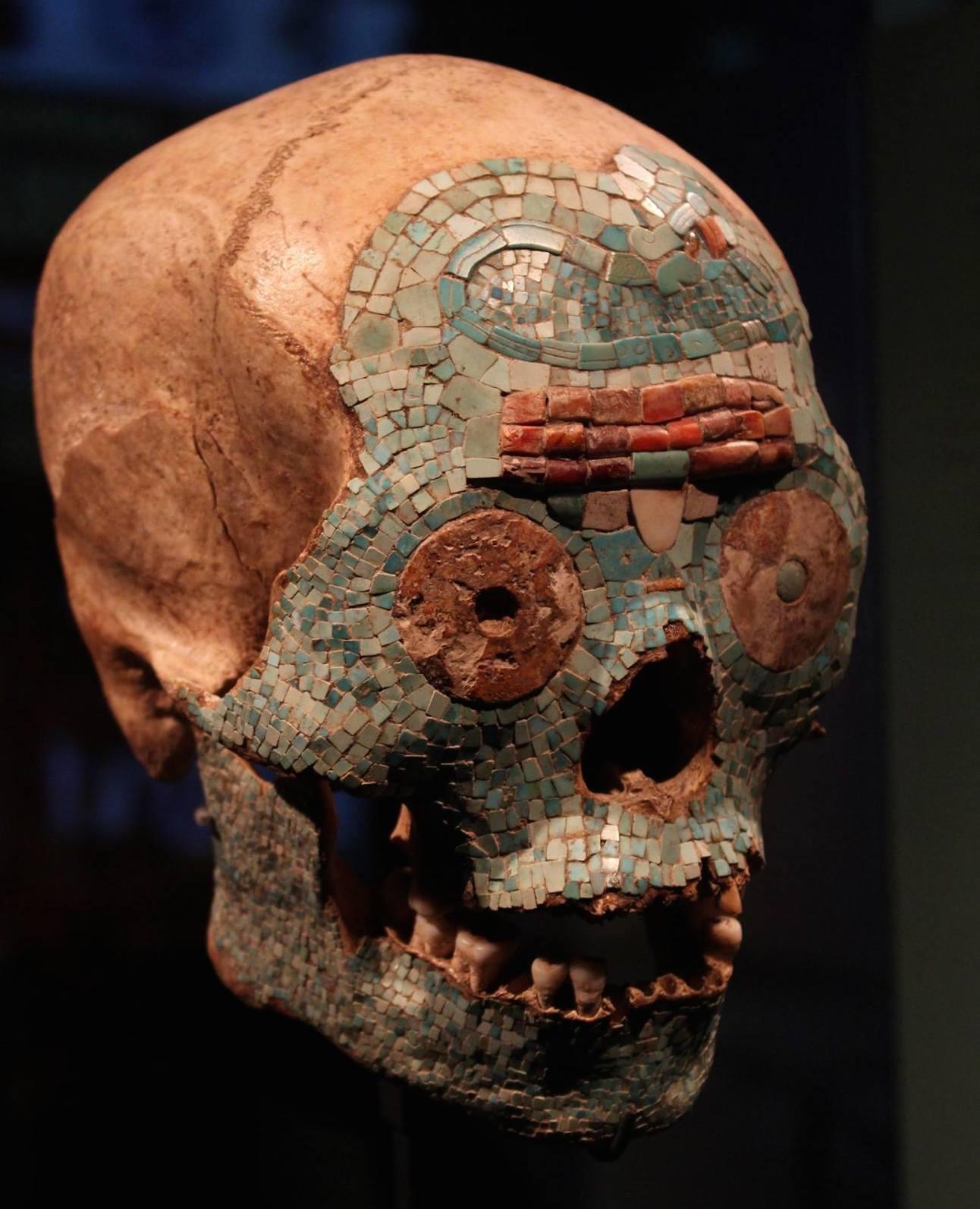 fake-mixtec-skull-museum-volkenkunde-leiden