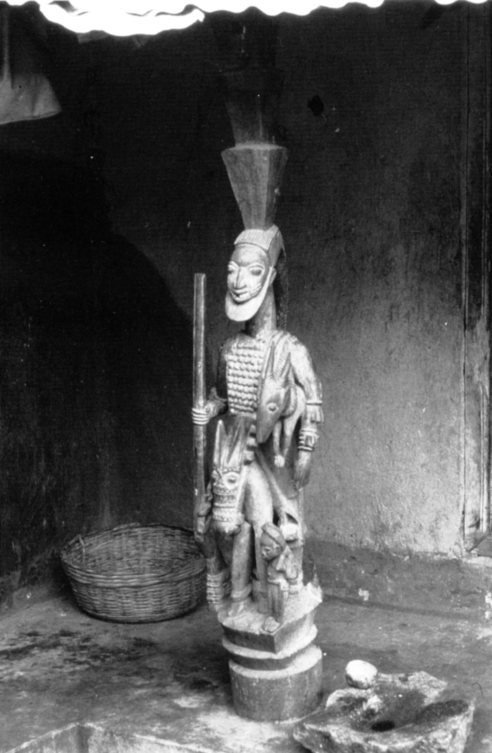 "In situ photo of a Yoruba veranda post by Olowe of Ise - published in Walker (Roslyn Adele), ""Olówè of Isè. A Yoruba Sculptor to Kings"", National Museum of African Art, Smithsonian Institution, Washington, D.C., 1998."